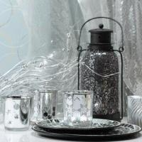 Christmas decoration with three candle holders and deal apple decorated Manufactures