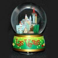 Hand-painted Snow Globe, Measures 8 x 10cm, OEM Orders are Welcome, Ideal for Promotion or Giveaway Manufactures