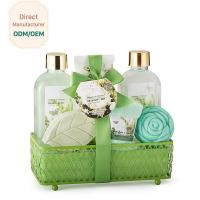 OEM Relaxing Bath Gift Sets Skin Whitening Feature Magnolia Scent Moisturizing Manufactures