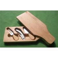 Bottle Shape Cutting Board with Cheese Knife Manufactures