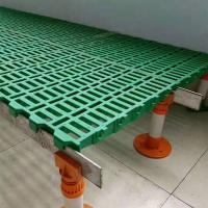 China Animal Husbandry Equipment Plastic Slatted Floor For Goat Green Color PP / Pvc Material on sale