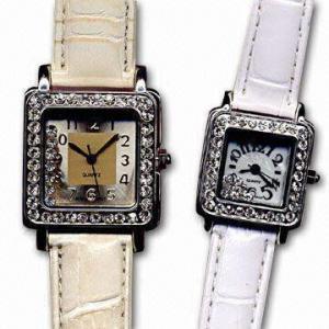 China Jewelry Quartz Analog Watch with Running Stones on sale