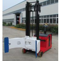 Electric forklift with paper roll clamp Manufactures