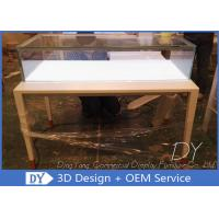Simple Usefull Modern White Wood Glass Counter Display For Jewelry Manufactures