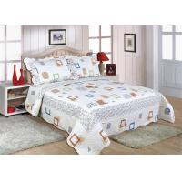 Cotton Frame Quilt Bedding Sets , Geometric Pattern Bedspreads And Comforters Manufactures