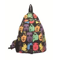Colorful Mp3 Speaker bag triangle -face pattern light and convenient  M04 Manufactures