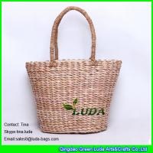 China LUDA designer inspired handbags ice creem woven straw beach handbags on sale