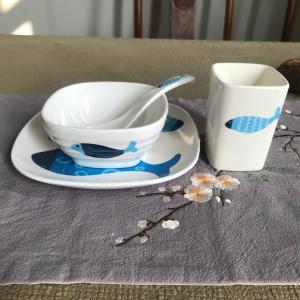 Raw Material 30% Melamine Formaldehyde Resin Powder For Dinnerware Tasteless Manufactures