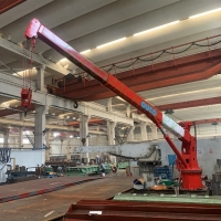 China Marine Deck Telescopic Boom 8M Offshore Pedestal Crane on sale