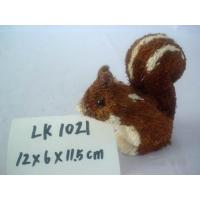 Handmade squirrel,Bark and grass handmade from natural materials,Size:12×6×11.5cm Manufactures