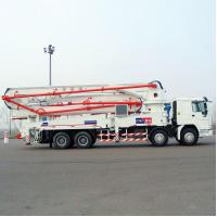 China Sinotruk HOWO Concrete Pump Truck With 21m Flexible And Efficient Telescopic Boom on sale