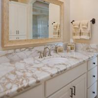G682 Granite Natural Stone Countertops , Granite Bathroom Countertop With Single Ceramic Wash Basin Manufactures