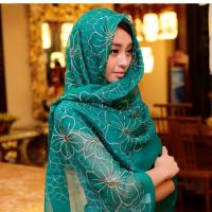 Fashion Tudung Silk Scarf Flower Embroidery Scarf Muslim Tudung Muslim Scarf Manufactures