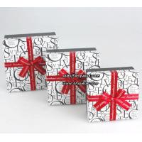 For Christmas gift paper box,Christmas gift box,Paper box with Christmas tree Manufactures
