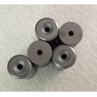 China Custom Ferrite Disc Magnets Y30BH Grade D15.2Xd3.2Xd8XH6 With Countersunk Hole on sale