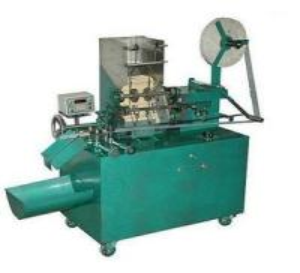 China High Efficiency Plastic Film Chopstick Packaging Machine 0.45kw 220v on sale