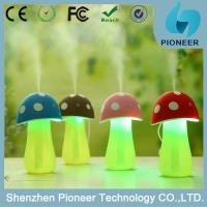 Mushroom appearance LED lamp humidifier fogger cool mist usb ultrasonic humidifier portable air humidifier Manufactures