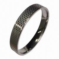 Snake Embossed Stainless Steel Bracelet, Made of High-quality 316 Stainless Steel Material Manufactures