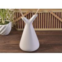 China White Empty Diffuser Bottles , Ceramic Essential Oil Diffuser With Rose & Sticks on sale