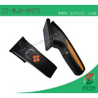 Bluetooth communication UHF hand-held reader, Easy to read tag Manufactures
