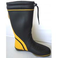 China Slip Resistant Black Rubber Half Rain Boots For Men With Flat on sale