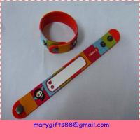 China cheap custom bracelets rubber pvc bracelet Manufactures