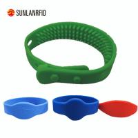 China free sample 125KHZ RFID silicone wristbands with logo on sale