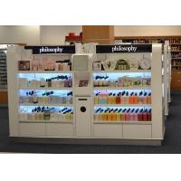 Wooden Island Shelf Cosmetic Display Case White Coating Decorated With LED Light Manufactures