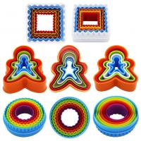 Custom 3D Bakeware Cookie Tools Set Colorful Plastic Round Cookie Cutter Manufactures