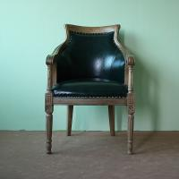China Wholesale antique oak carvd wood leather tub chairs dark green vintage leather chair on sale