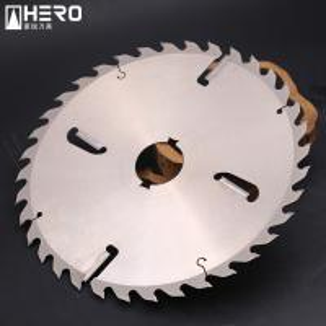 China 205*2.0mm Gang Rip Saw Blades , Crosscut Circular Saw Blade No Deformation on sale