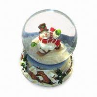 Snow Globe in Cute Design, for Christmas Use, Various Diameters and Designs are Available Manufactures