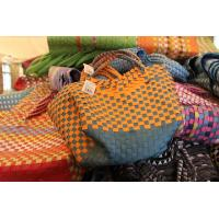 wholesale cheap handmade Recycled woven plastic straps picnic/shopping baskets Manufactures