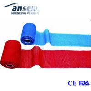 China Medical fiberglass semi rigid polyester orthopedic casts tape for leg fracture on sale