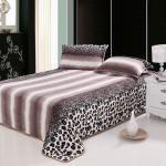 leopard printed flannel fleece bedding set Manufactures