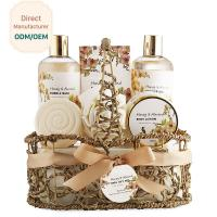 Moisturizing Relaxing Bath Gift Sets Anti - Aging Feature Customized Service Manufactures