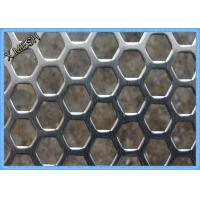 Anodizing Hexagonal Perforated Aluminum Sheet / Screen 1.5mm Thickness Manufactures