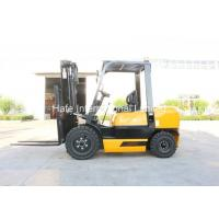 TCM Type 3T Industrial Forklift Truck 3 Stage 5m Mast Design With Forklift Angle Broom Manufactures