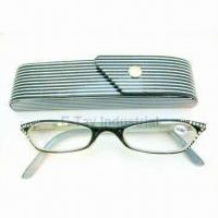 Multicolored Reading Glasses with +2.00 Magnification Strength Manufactures