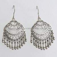 Fashion Earrings for Partes, Weddings, Celebrations and More Manufactures
