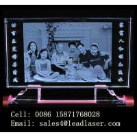 Family Photo Engraved Inside Crystal Manufactures