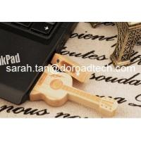 100% Real Capacity Guitar-shaped Pen Drive Wooden USB Flash Drives Manufactures