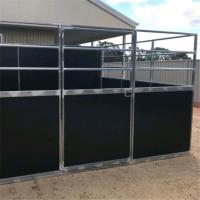 Customized Wood Material Horse Stable Box Easy Assembly In Black Color Manufactures