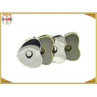 Custom Heart Shaped Magnetic Bag Buttons Clasps Various Surface Finishes Manufactures