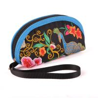 woman embroidery Mini coin purse with Chinese traditional style Manufactures