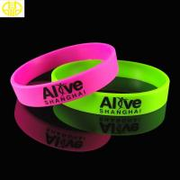 China Customized National Flag Silicone Wristbands For Children's Gifts on sale