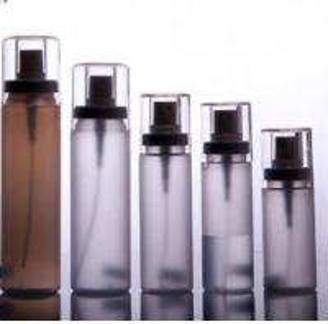 China Custom Color 100ml-300ml Cosmetic PET Plastic Spray Pump Bottle on sale