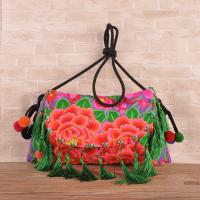 Hot sale woman ethnic handbag embroidery messenger bag with tassel Manufactures