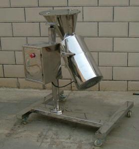 Stainless Steel Revolving Granulator Machine Make Granules From Wet Powder Materials Manufactures