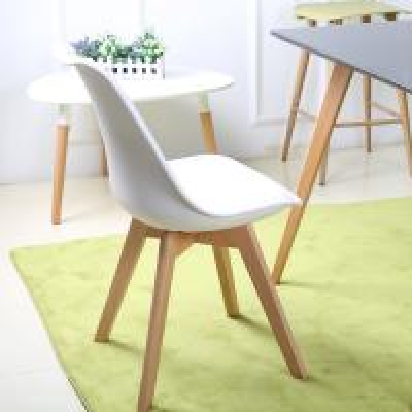 tulip chair2.jpeg
